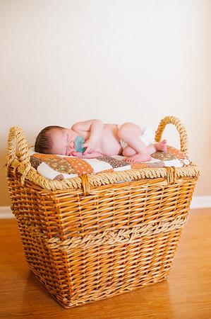 20120925-Levi-newborn-82