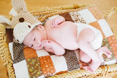 20120925-Levi-newborn-39