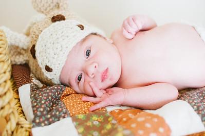 20120925-Levi-newborn-37