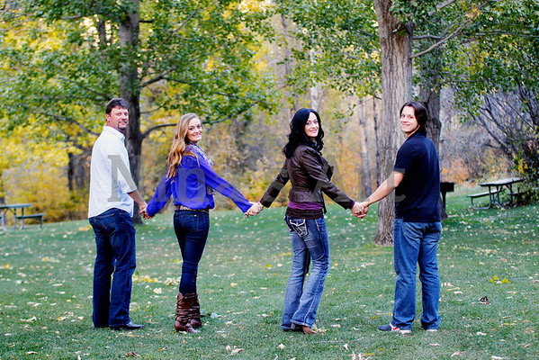 Wood family (17)