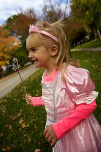 2013-1026_Halloween_Costumes_057