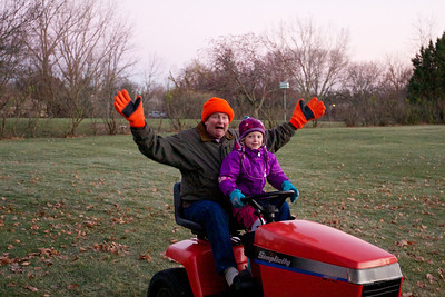 Thanksgiving at the Kenyons Tractor Rides