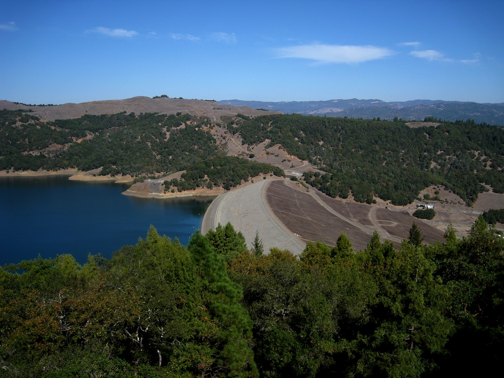 The Warm Springs Dam, a huge earthen dam of the Dry Creek that forms Lake Sonoma.