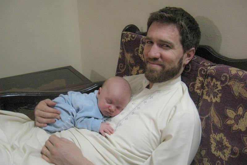 Daddy and Seth (4 weeks)