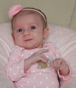 2014-02-23 Brielle Pink Bow