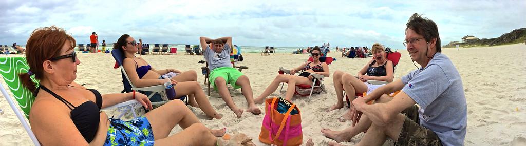 Ann Bellmor, Elyse O'Barr, Kyle O'Barr, Autumn, Kathy Collier & Tom O'Barr Seacrest Beach July 2014