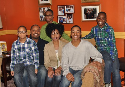 2014 Thanksgiving Family Pics - Jonesville