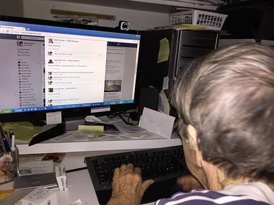 12/22 - Mon discovers Facebook