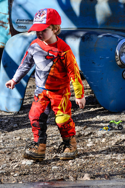 2016-03-05, Colton Gear in Yard
