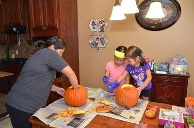October 30, 2016 - Pumpkin Carving in Chin House