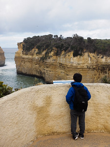 Arnaud reading the story about Loch Ard Gorge shiprwreck survivors
