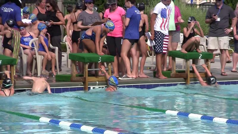 2016 0623 02 Eva medley relay swimmer2