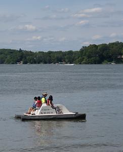 Paddling around Lake Independence, Baker Park Reserve