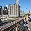 Helene på Brooklyn Bridge