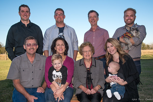 Clayton, Gary, Chris, Donna, Troy, Edwina, Jerry, Heather, Tripp, Wesley, and Fritzy (l-r)