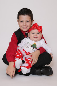 Christmas 2017 Kids Photos-100-Edit