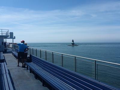 Approaching Long Island - a lighthouse