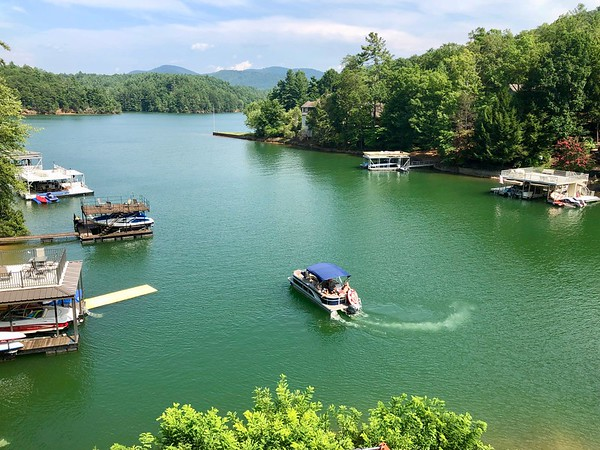View Of Party Boat Leaving From Kathy & Tom's Blue Ridge Lake House 8-13-18 02