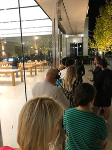 Russell In Line At The Avalon Apple Store For His Apple Watch Series 4 6am 9/21/18