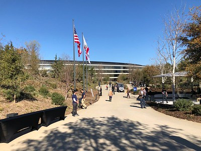 """Apple Park Campus """"The Mothership"""" Walking From Steve Jobs Theater 2-13-18 01"""