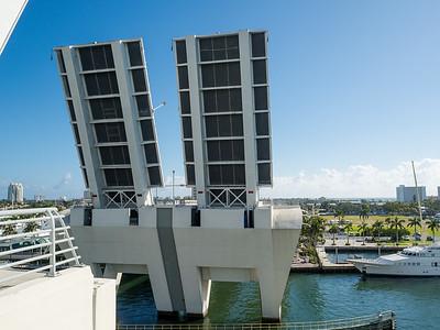 E Clay Sure Jr Bridge, Fort Lauderdale