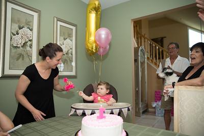 Emmy's 1st Birthday0035