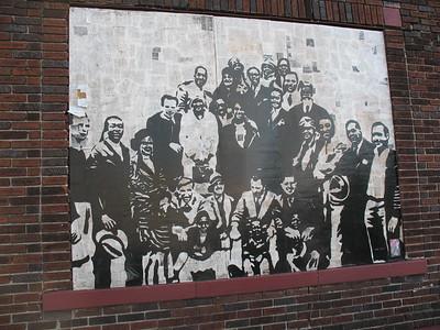 2018-03-30 Murals in South Main