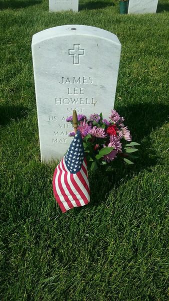 Howell Gravestones. James Lee Howell.