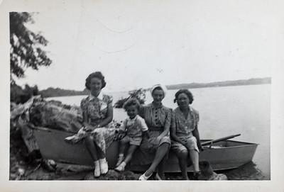 Alice Shaw, Billy Adair, Edith Adair, Grace Davis.