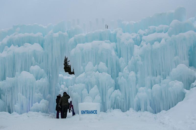 2021-2-6 Ice Castles-1