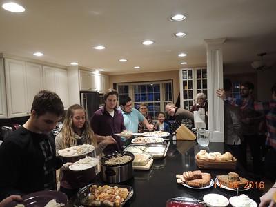 24 November 2016 Thanksgiving Holiday