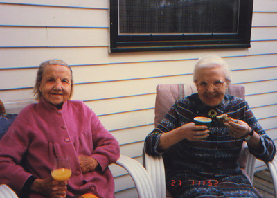 Kay-163: Annie Patterson and sister May (Maisie) Barr nee McKeown at 320 West Main St, Booton