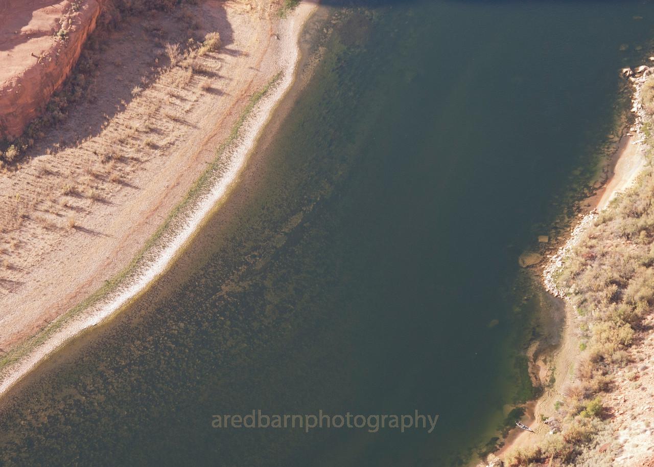 Horse Shoe Bend,the water look deep!!!