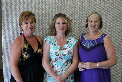 Debbie Pattison, Susan Hogarth and Lynda Pattison (Martindale's)