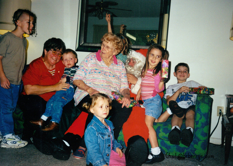 Christmas 2001- Santa Joyce Granny Grey Von Robb Morgan Miranda Ophilia