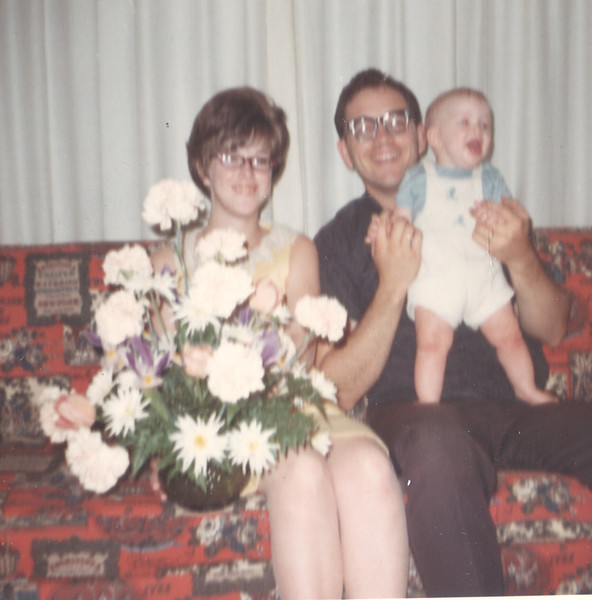 Mothers day 1967 Joyce Kenny and Taylor 5 months