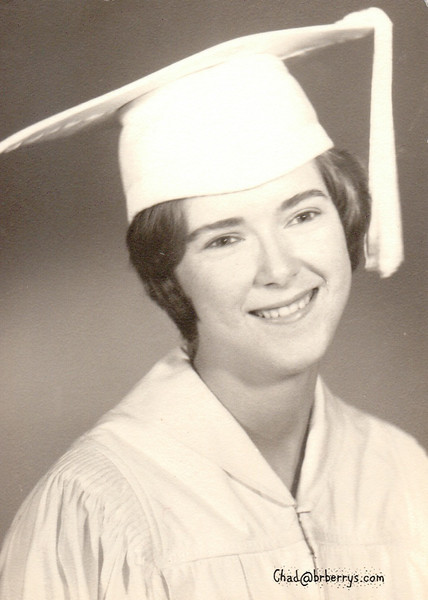 Grad pict Joyce 1964