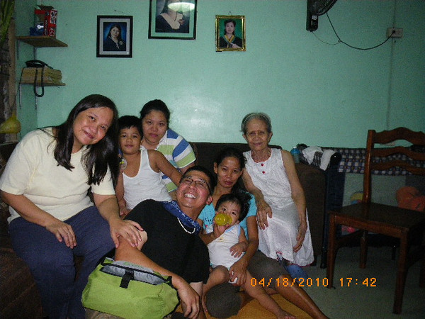 Visit favorite relatives (tita connie and lola inday consolatres and family).