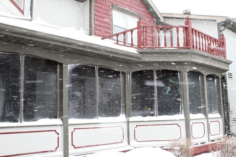 Snow at the Comfort Inn, Auburn, Indiana.