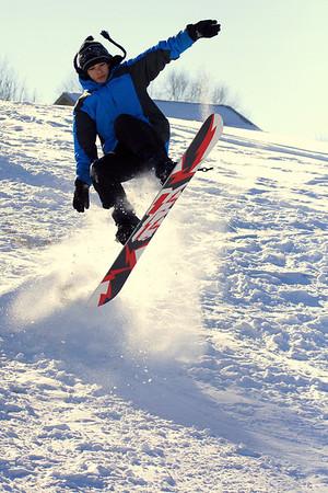 AJ Snowboarding