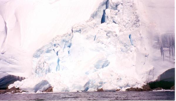 iceberg 8 cu