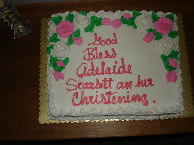 Yes, the cake is spelled wrong. Oh well...