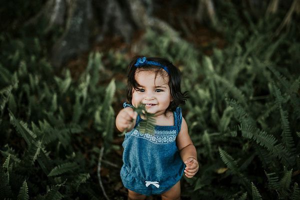 Adriana// One Year Family Session
