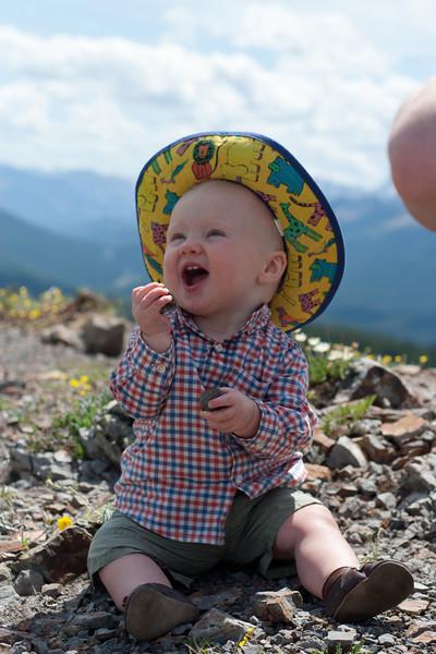 <b>17 July 2011</b> Jumpingpound Ridge - There were rocks to eat, so Finn was happy