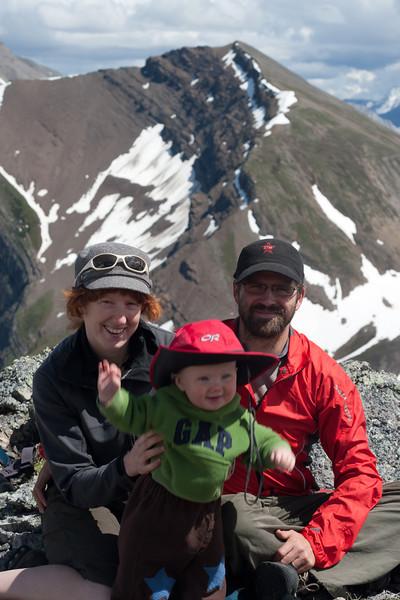 <b>10 July 2011</b>  Mountain baby, mama and papa