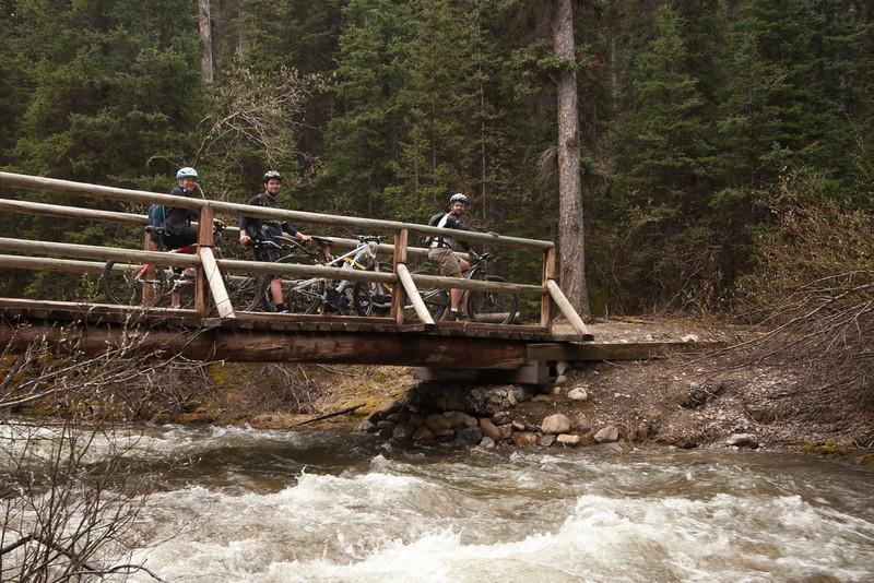 <b>12 June 2011</b> Red Earth Creek - Kristy, Steve and Alex on the bridge