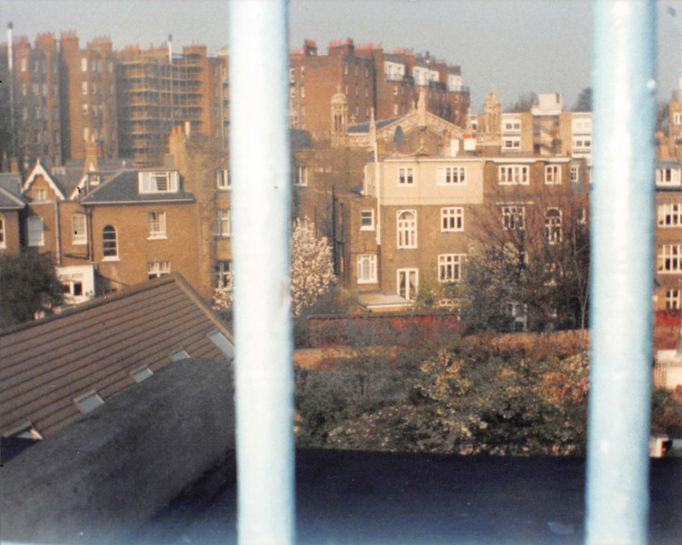 March 31, 1990<br /> London, England<br /> view from hallway (stairway) window from London Visitors Hotel