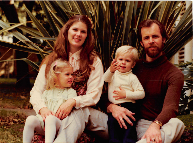 Christmas 1979<br /> the Freckletons--Mark, Joann, Ami, Christopher and ?