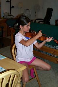Ali & her Violin