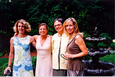 Gail & her 3 daughters: Michele, Leslie & Lindsey